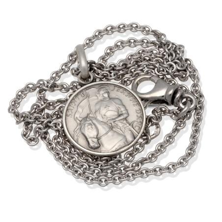 komplet srebrny: medalik św Joanny d'Arc z łańcuszkiem rodowanym.